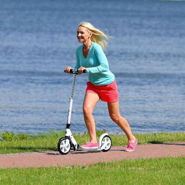 Micro Adult's Foldable Scooter