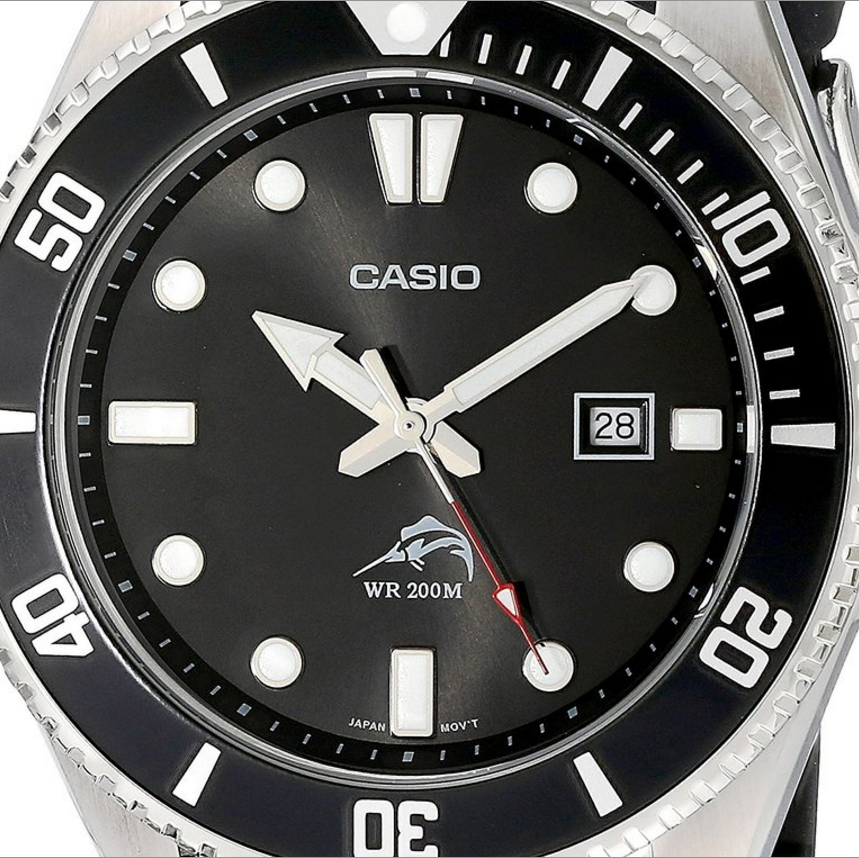 Casio Duro Analog Watch