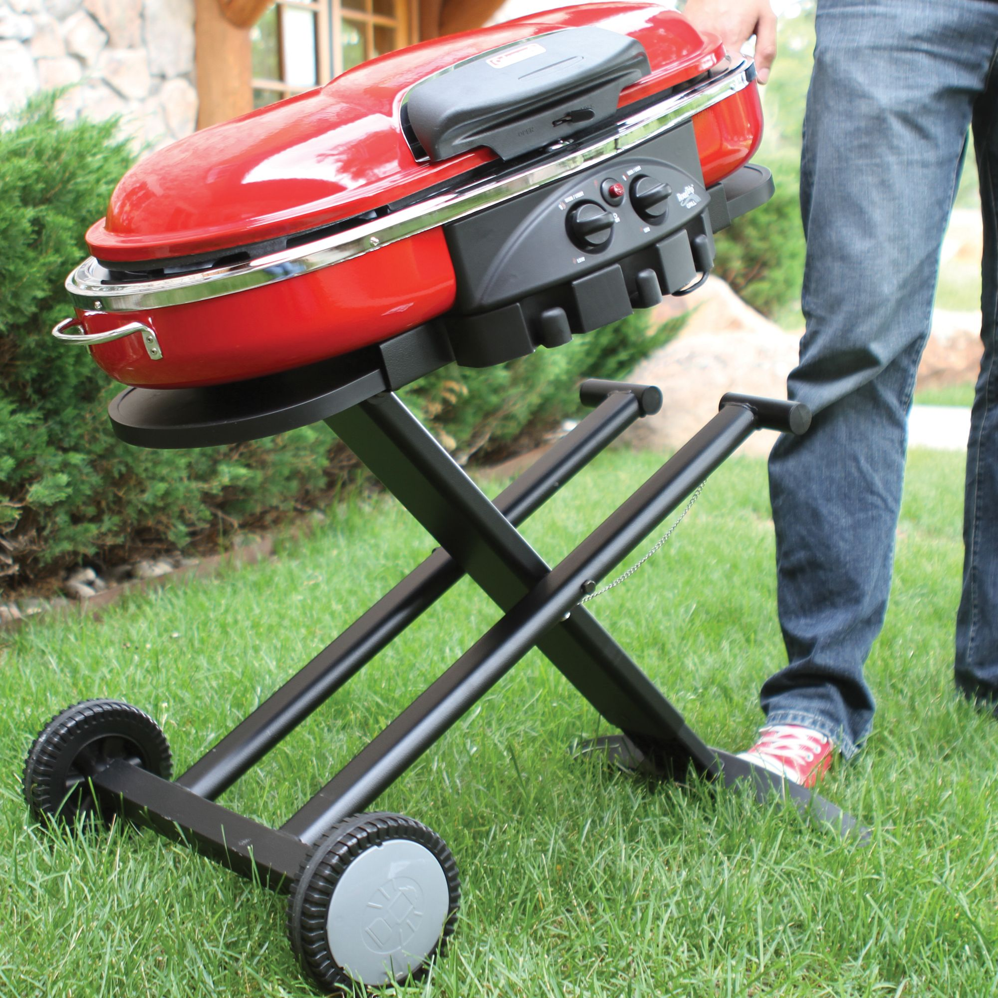 Coleman ROADTRIP® LXE Portable Gas Grill