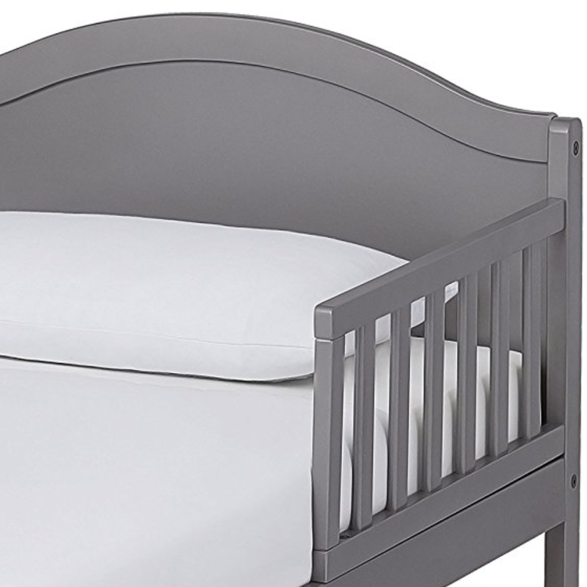 Dream On Me Deluxe Sleigh Toddler Bed