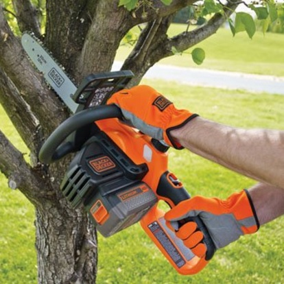 "Black and Decker 12"" Battery Powered Chainsaw"