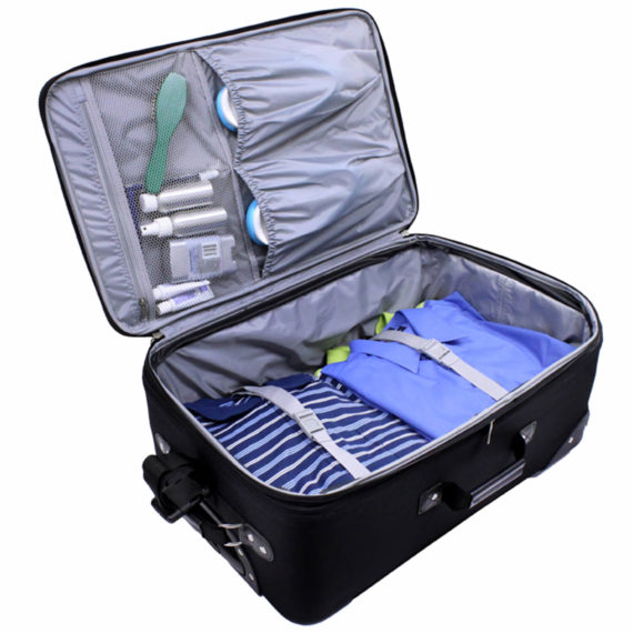 US Traveler New Yorker Rolling Luggage Suitcase Set
