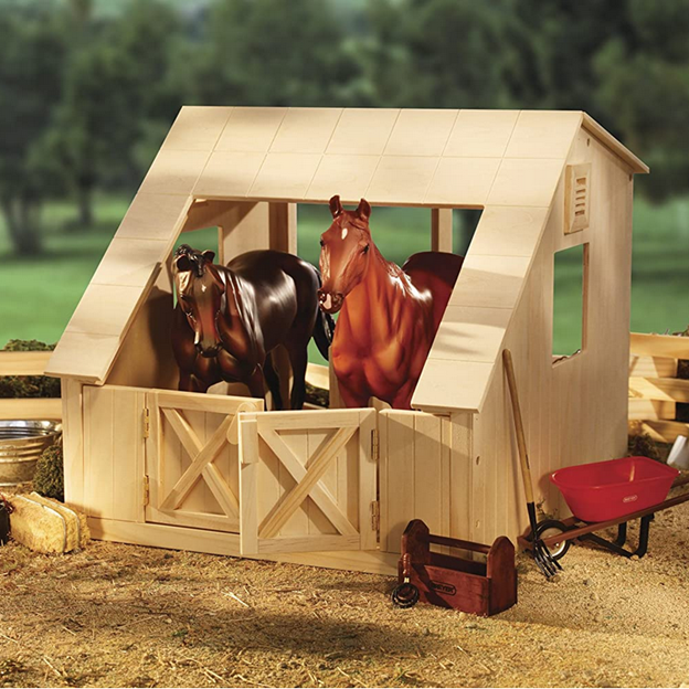 Breyer Traditional Wood Horse Stable