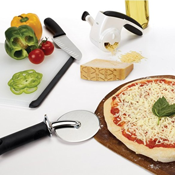 OXO Good Grips 4 Inch Pizza Wheel