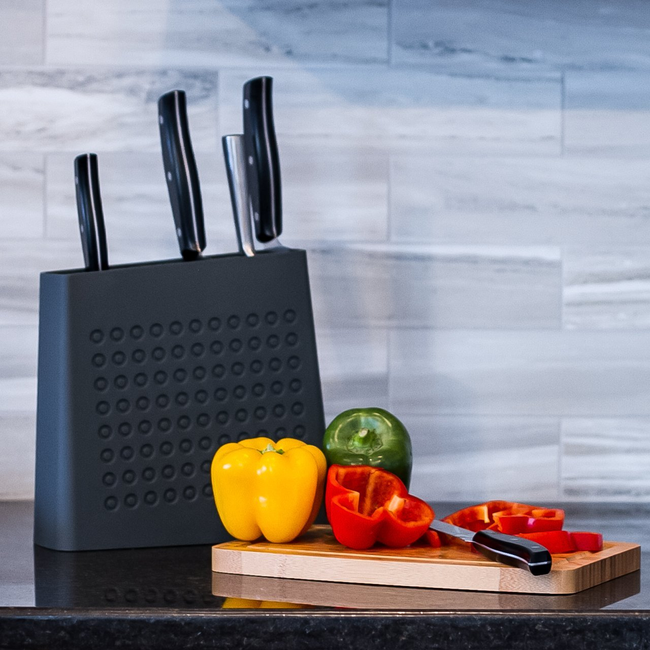 Kapoosh Urban Knife Block