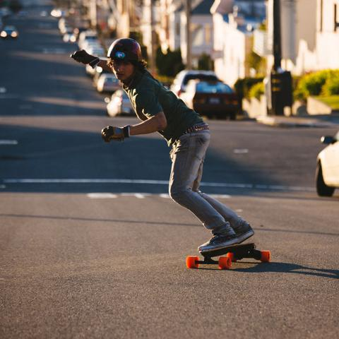 Boosted Dual+ Drive 2,000 Watt Electric Longboard