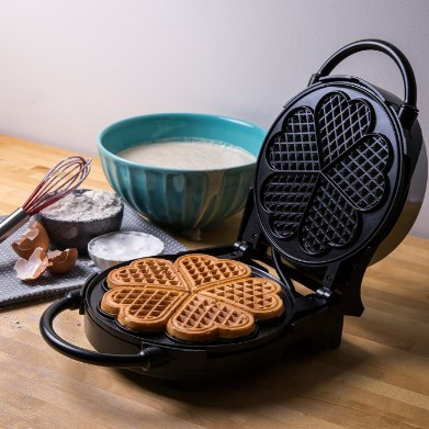 CucinaPro Classic Heart Waffle Maker