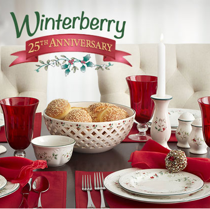 Pfaltzgraff Winterberry Dinnerware Set
