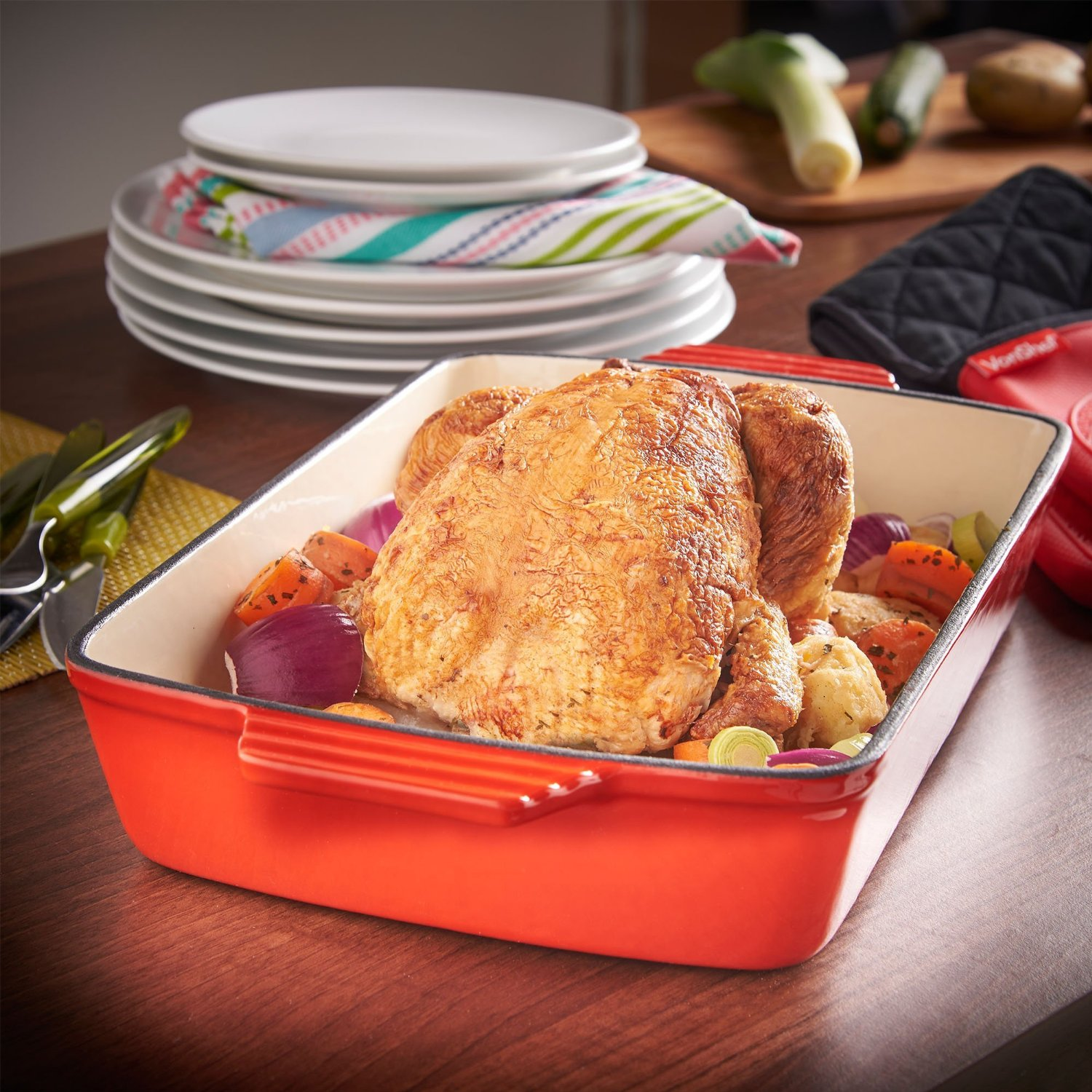 VonShef Cast Iron Rectangle Casserole and Roasting Tray