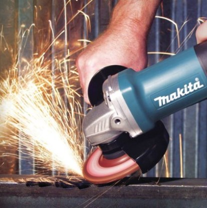 Makita 4.5-Inch Angle Grinder with Aluminum Switch