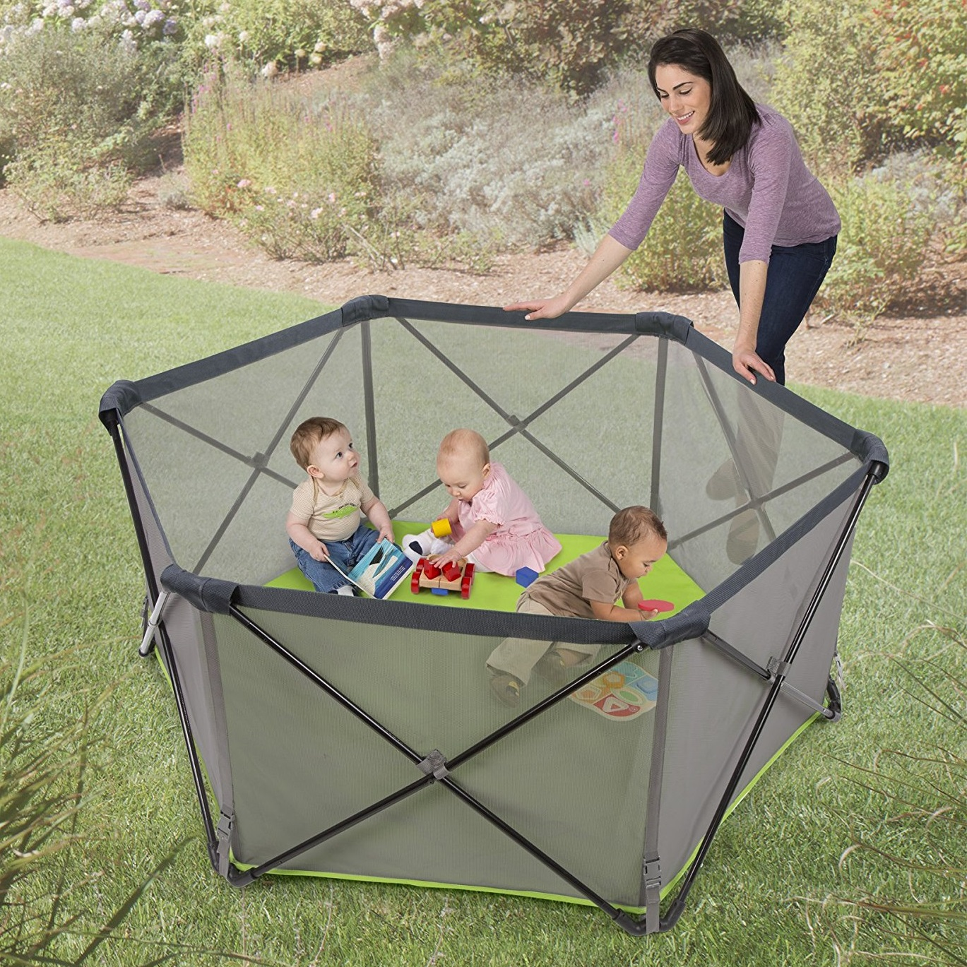 Summer Infant Pop 'N Play Portable Playard