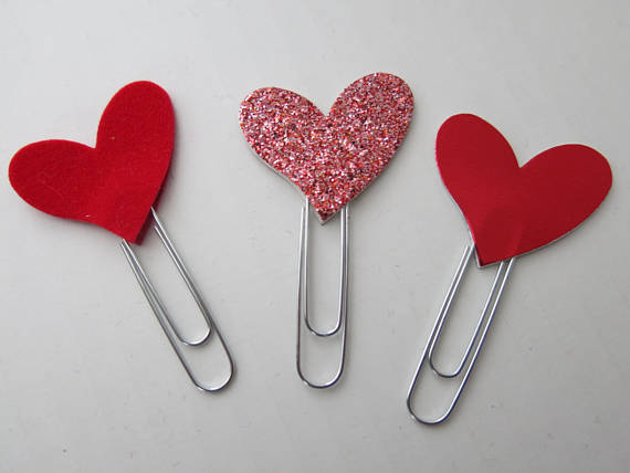 5 DIY Candy-Free Valentines: Classroom Friendly Valentines for Kids thumbnail