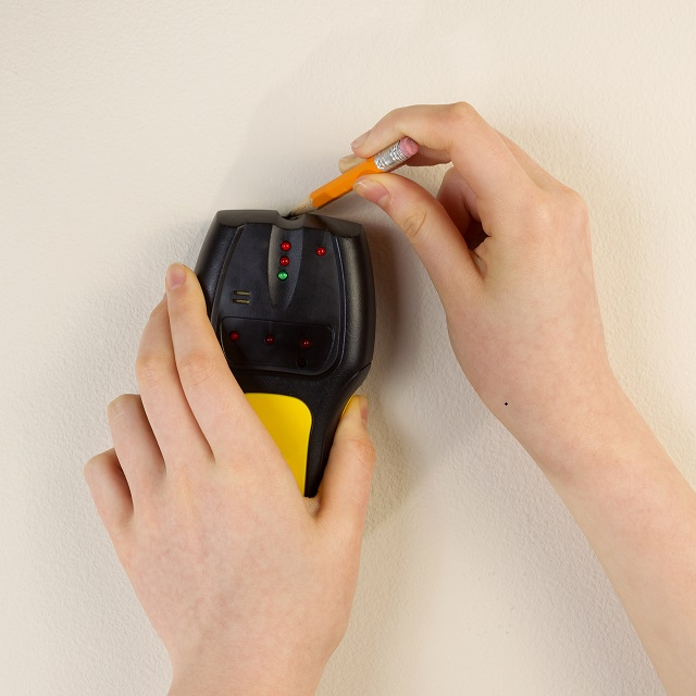 How to Use a Stud Finder and How it Works thumbnail