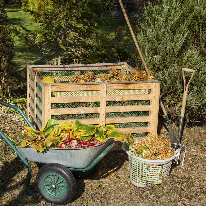 How to Make a Compost Bin – 3 Easy DIY Compost Bins for Making Your Own Garden Mulch and Compost thumbnail