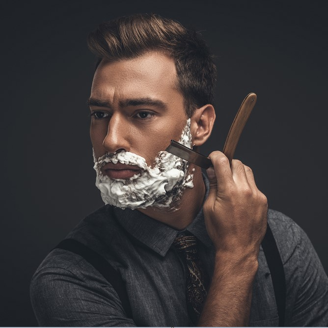 How to Use a Straight Razor: Tips for Shaving with a Straight Razor Like a Pro Barber thumbnail
