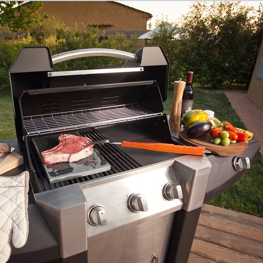 How to Clean a Gas Grill - Learn About the Cleaning Process for Grill Grates, Grill Burners, Interiors and Exteriors thumbnail