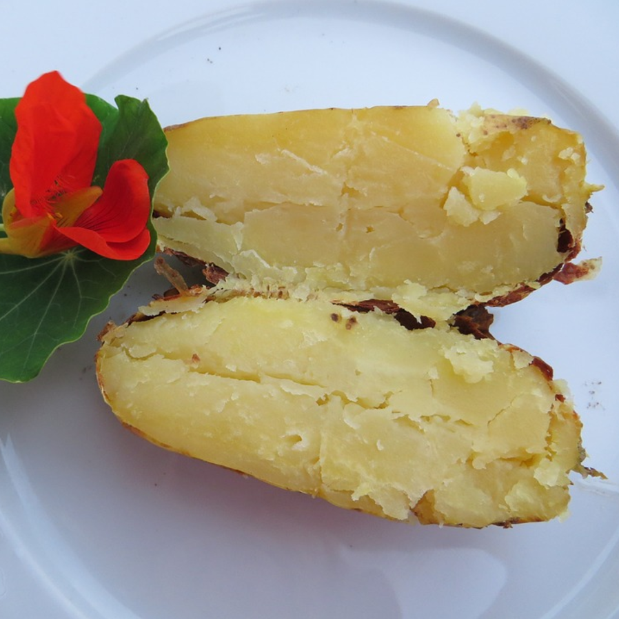 How To Cook The Perfect Baked Potato In The Microwave