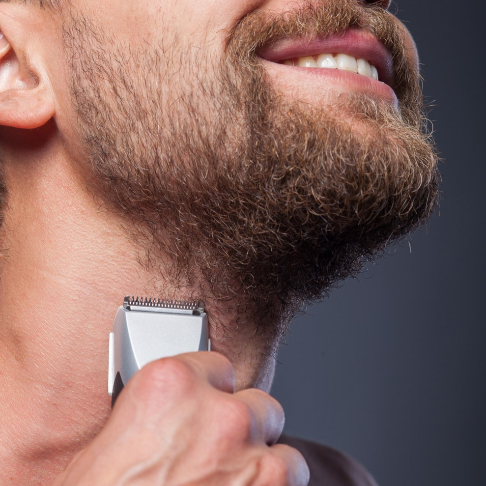 How to Choose the Best Type of Electric Razor thumbnail
